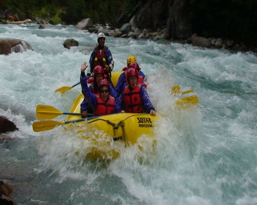 White water rafting on the Futaleufu Guest blog post with Adriana Radwanski from H2o Patagonia