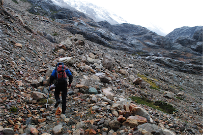 09 The rain had stopped, the wind was quite calm and it was warm so we tentatively continued towards the pass